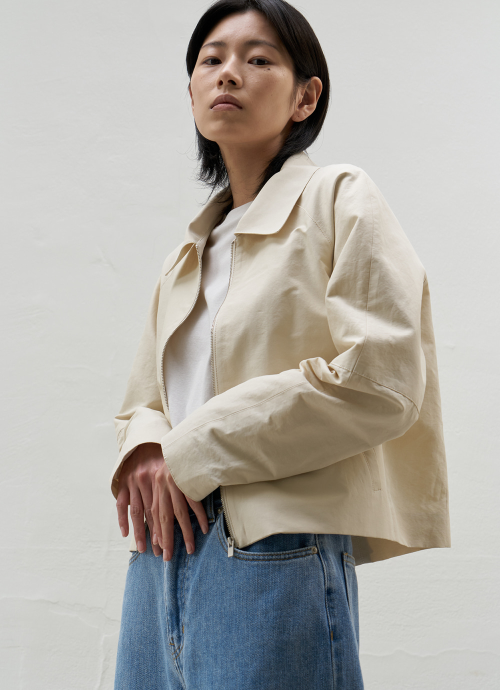 Cropped Simple Jacket [Ivory]