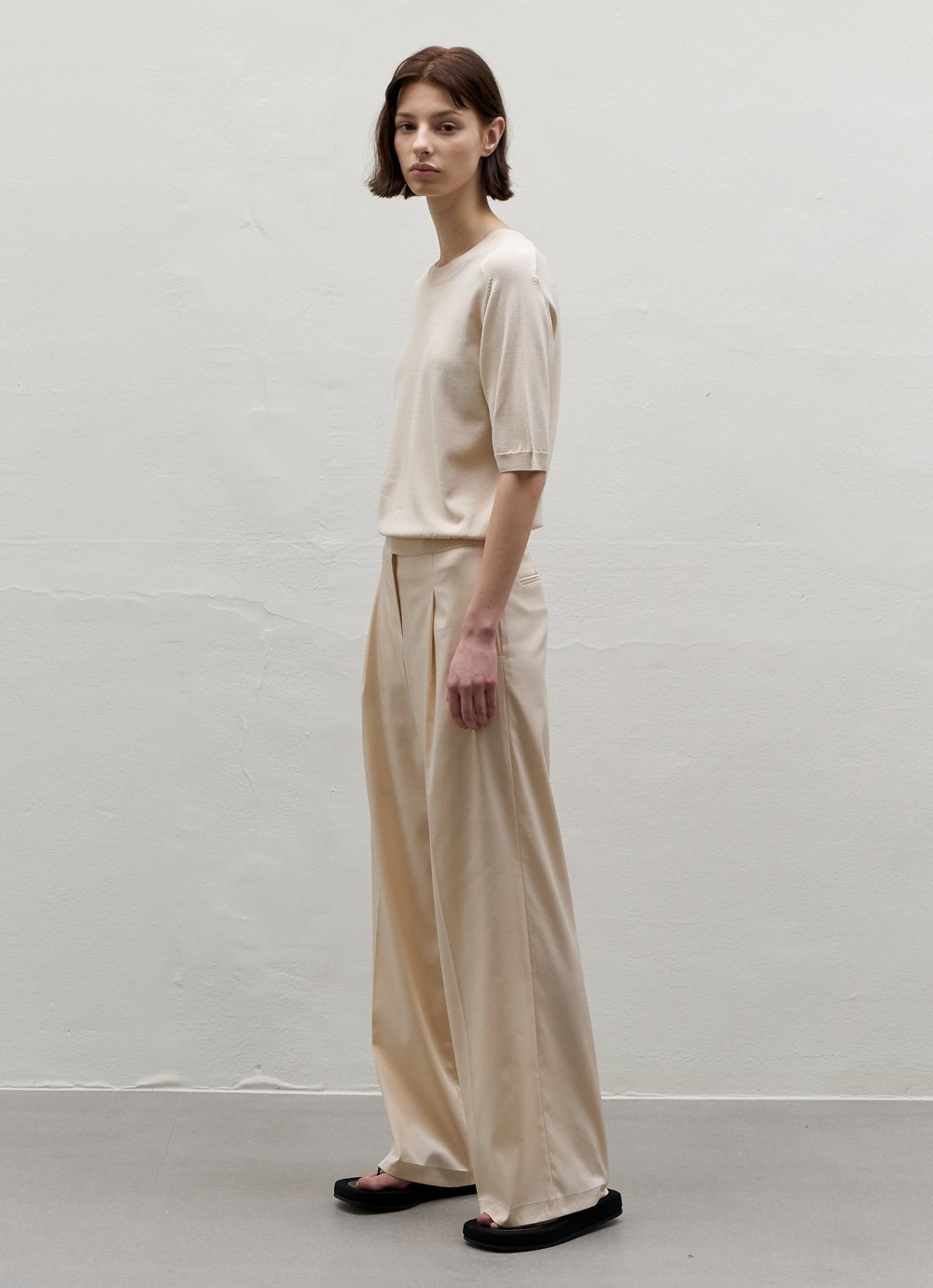Silky Wide Pants [Cream]